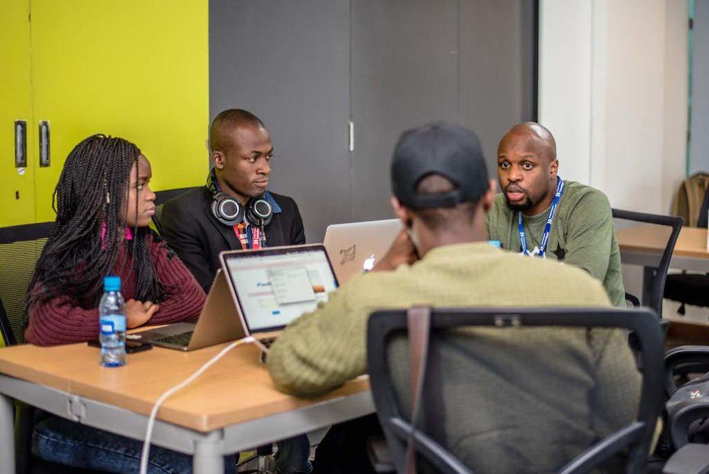 Ore Omolaja mentoring a startup